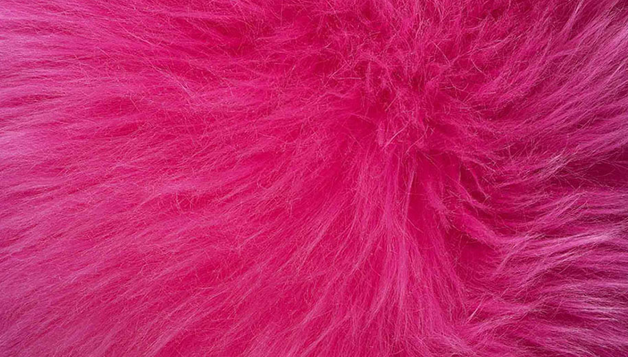 Bowron Sheepskins Longwool One and a Half Piece Snappin Pink Rug