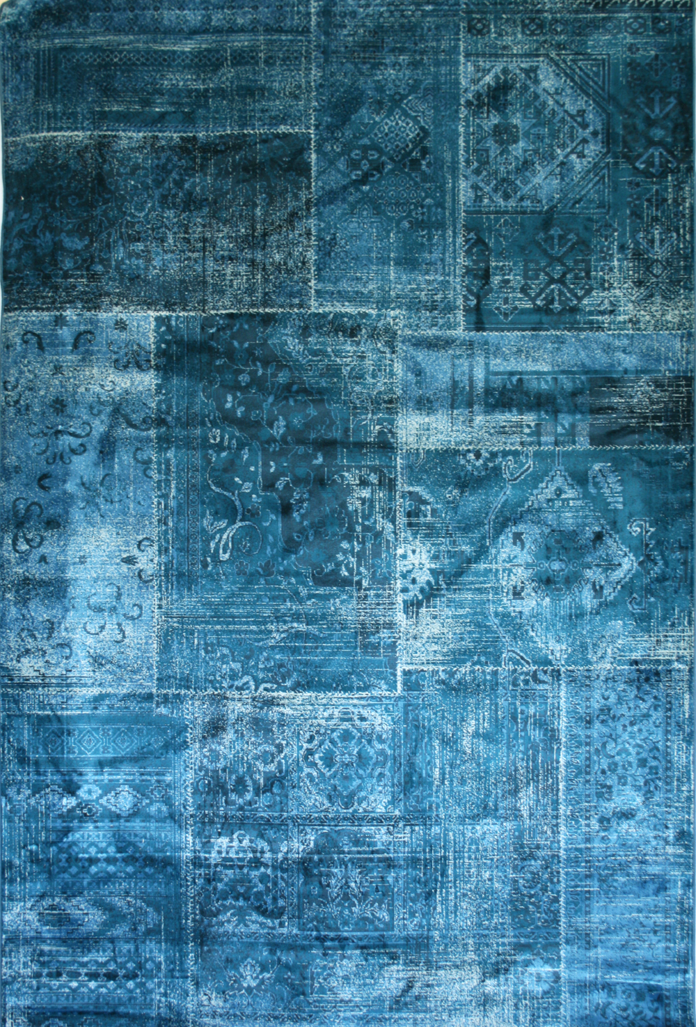 Love-Rugs Antika Antiqued Patchwork Rug - Modern Machine-Made